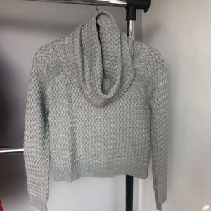 New York & Co Grey Chunky Knit Cropped Sweater